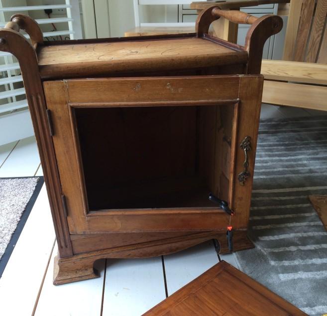 CushionCupboard7