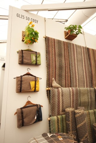 So Cosy - Luxurious Blankets & Throws - Picnic Blanket