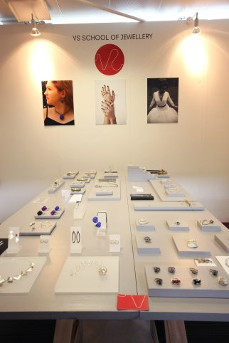 School of Jewellery Design, London.