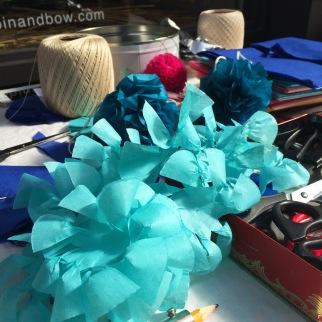bobbin-and-bow-paper-pompom