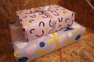 smug-wrapping-paper