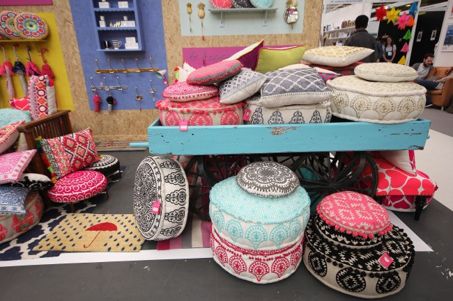 Bombay Duck - Cushion Selection