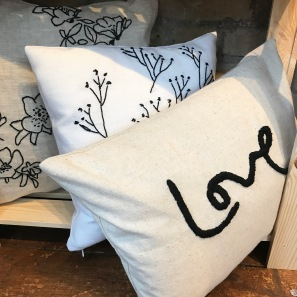 Meylor Cushions